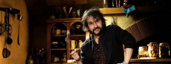 hobbit-begins-peter-jackson-pipe[1] (2)