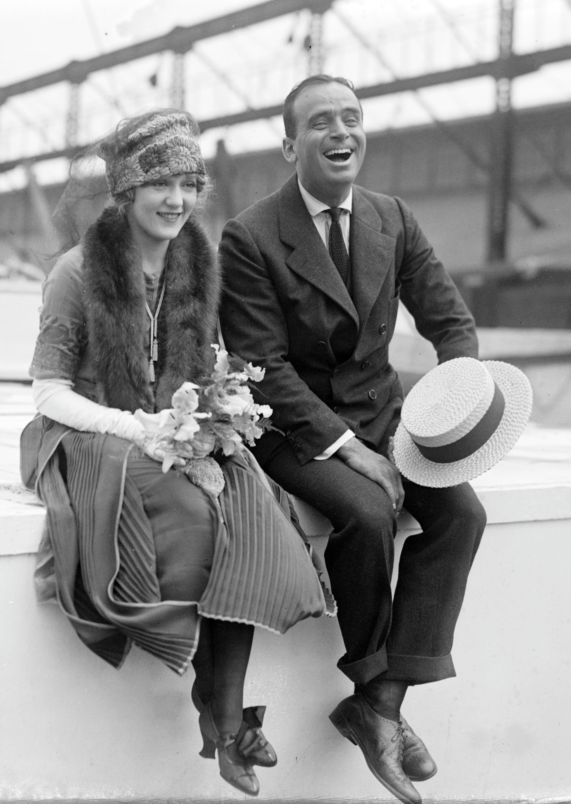 Douglas_Fairbanks_and_Mary_Pickford_02