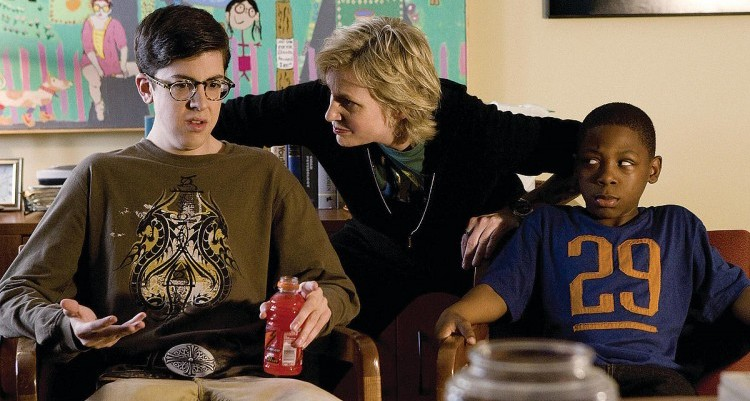 Role-Models-Augie-Gayle-Sweeny-Ronnie-christopher-mintz-plasse-5274963-1200-797